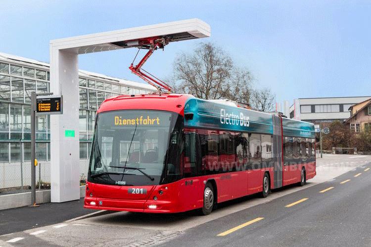 Bernmobil stromert