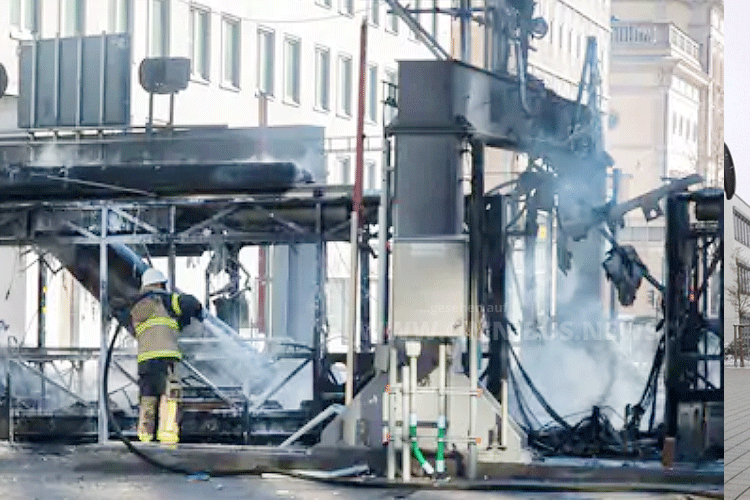 Gas-Bus explodiert