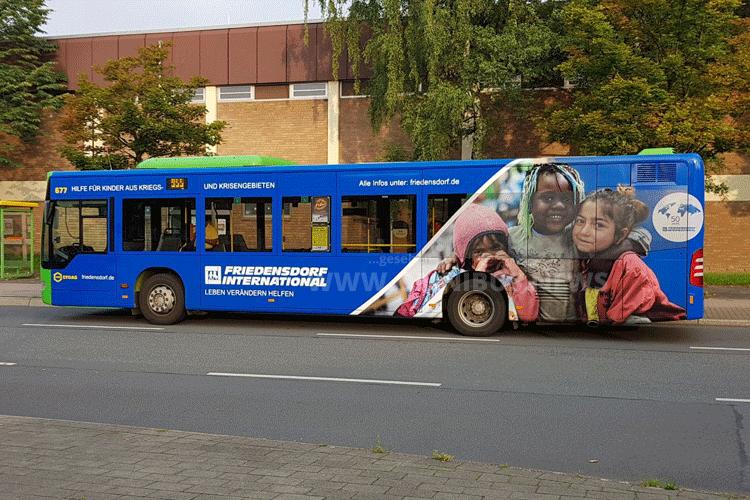 Friedensdorf-Bus