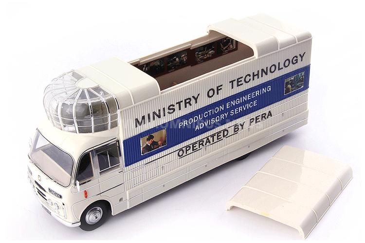 Bedford-Kino-Bus