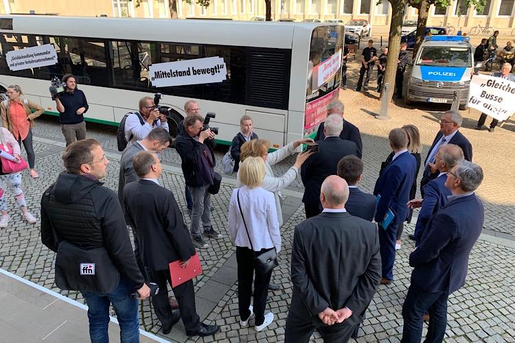 Mit 74 Bussen zur Demo