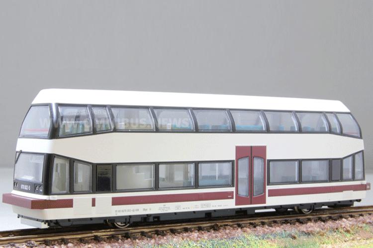 Moderner Schienen-Bus
