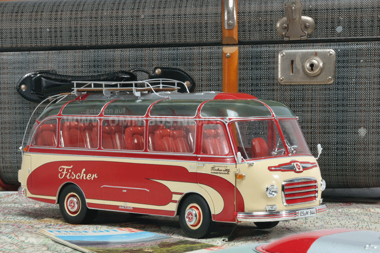 Kleiner Bus ganz groß
