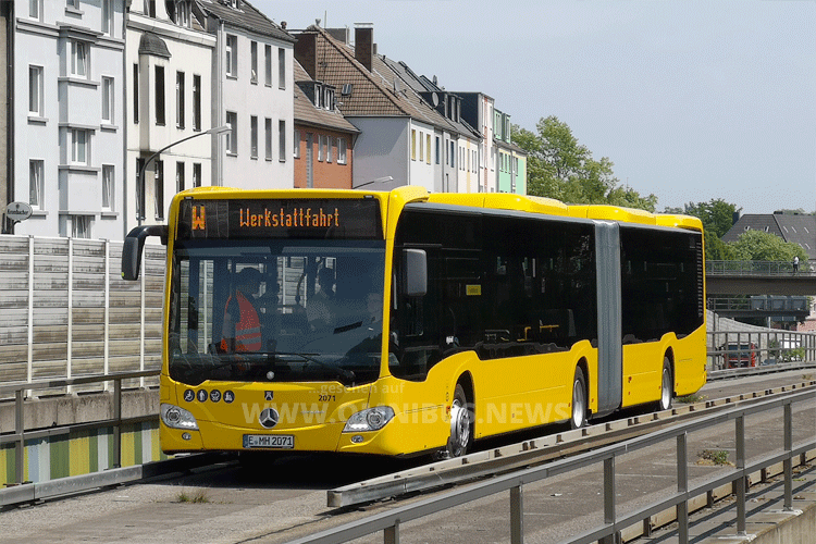 Neuer Spurbus
