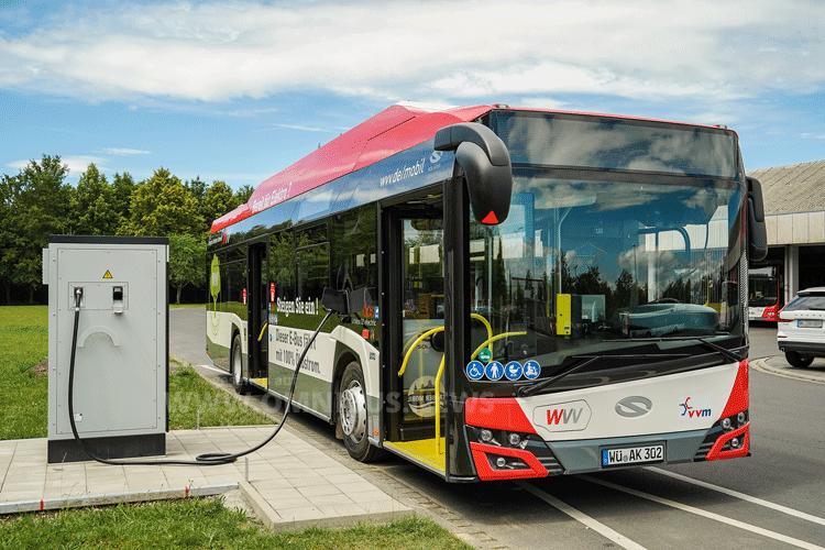 Erste E-Busse für WVV