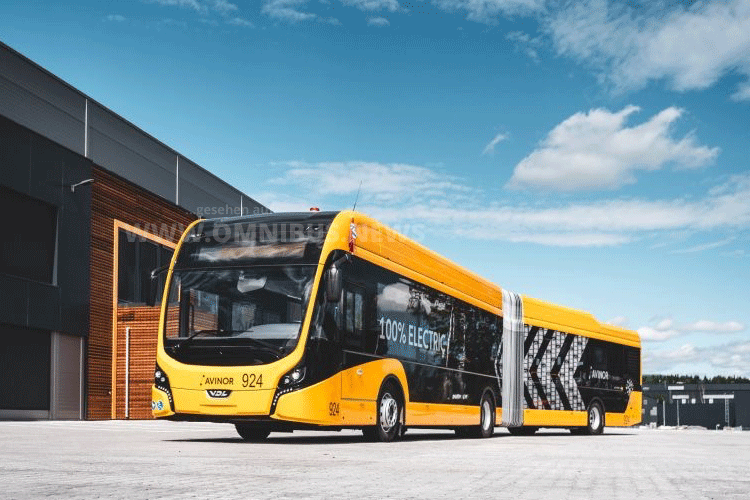 Acht E-Busse für das Vorfeld