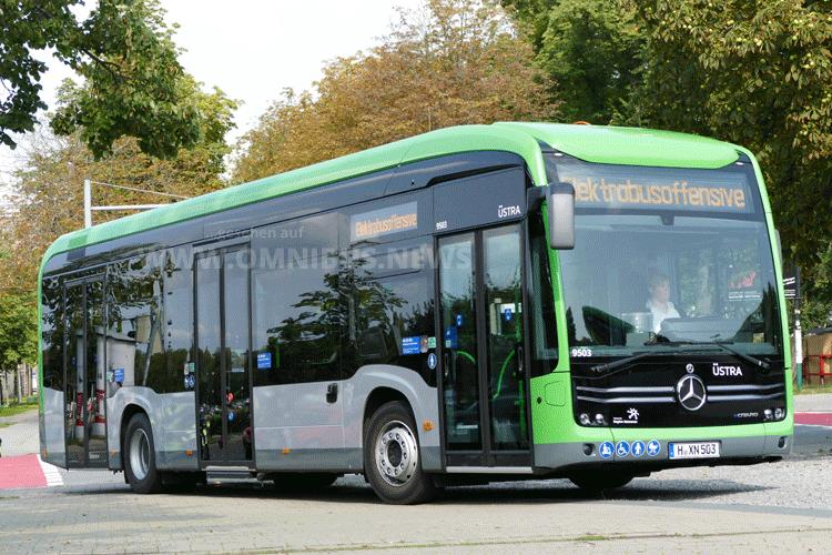Bahn lädt E-Bus