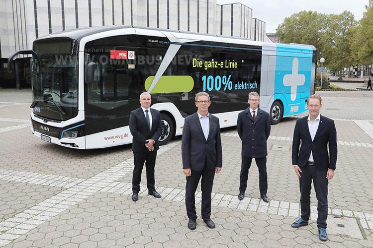 1. E-Bus für Wolfsburg