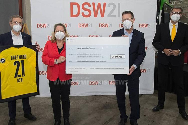 30 E-Busse für DSW21