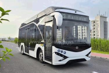 Neuer E-Bus mit 8,5m