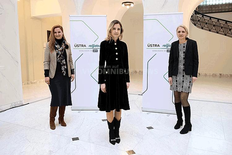 Drei Frauen an der Spitze