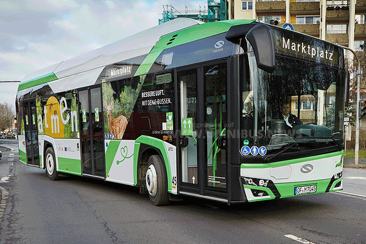17 weitere E-Busse