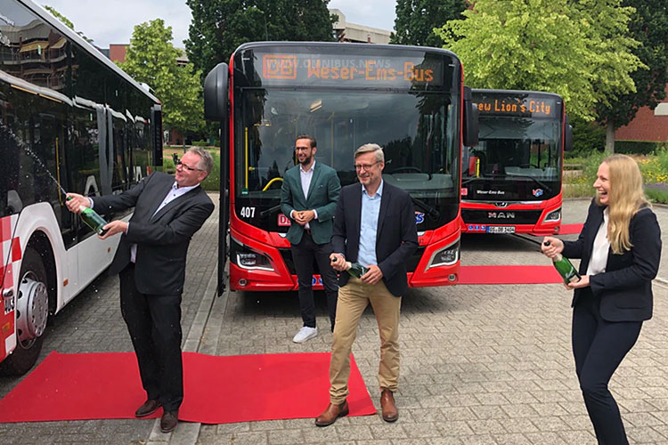 Hybridbus-Premiere